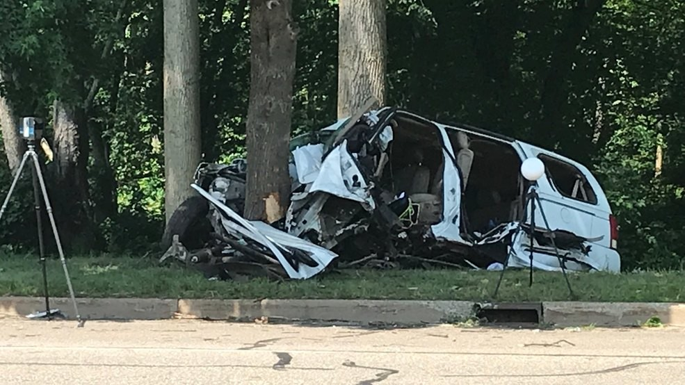 Woman airlifted, child injured in Battle Creek accident | WSBT